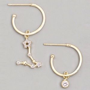 Jewelry - PISCES Zodiac Star Gold Huggie Hoop Earrings